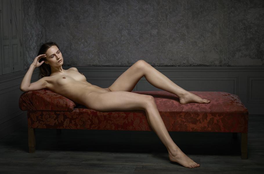 Erwin Olaf .- Reclining nude No02. 2015. Fotografía. 60 x 91 cm. Ed. de 10 + 2AP