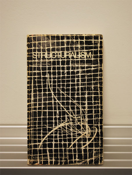 Sam Moyer .- Untitled. Modified book, 16,5 x 10,1 cms, 2009